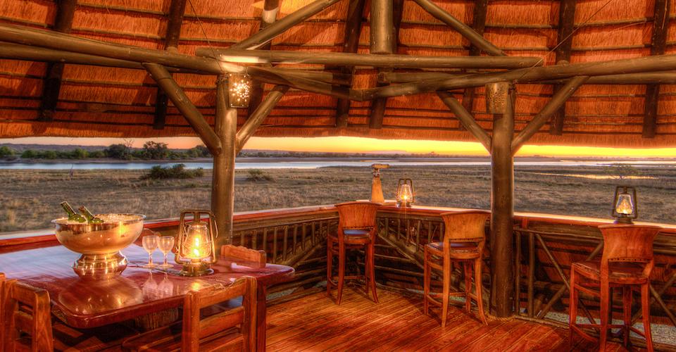 chobe savanna lodge upstairs bar