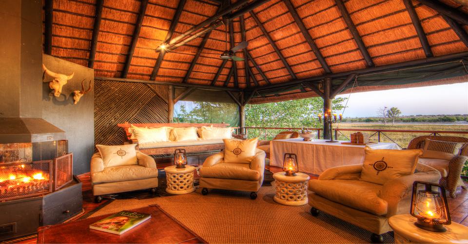 chobe savannah lodge upstairs lounge