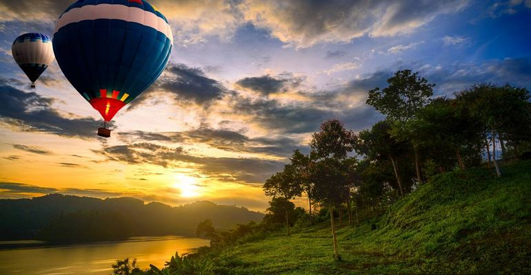 Hot air balloon safaris