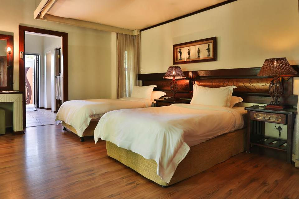 ivory-tree-lodge-bedrooms