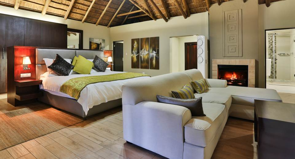 ivory-tree-lodge-luxury-bedrooms